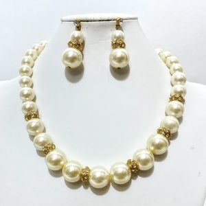 Cream Pearl & Gold Crystal Necklace Set
